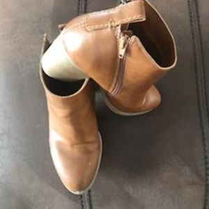 EUC Faded Glory Size 9 Brown Faux Leather Booties